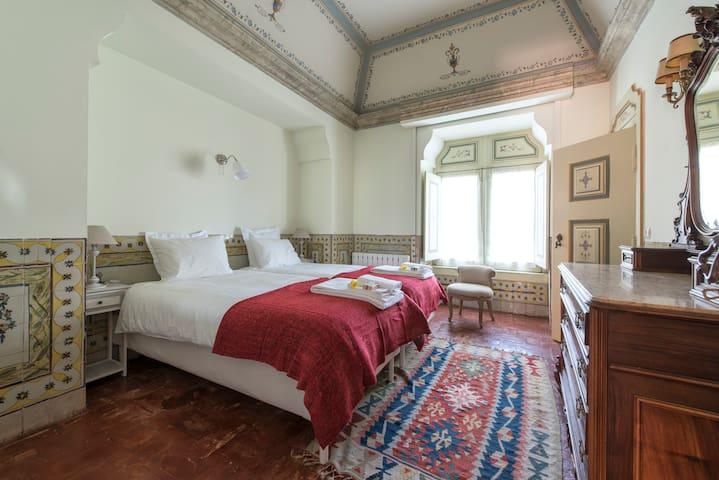 Charming house 18th century Lisbon - Lisboa - Huis