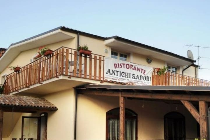 B&B Notti al Sirente - Castelvecchio Subequo - Bed & Breakfast