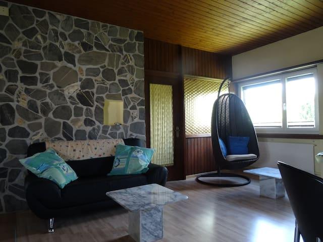 2 gepflegte, ruhige Schlafzimmer - Niederwil - Hus