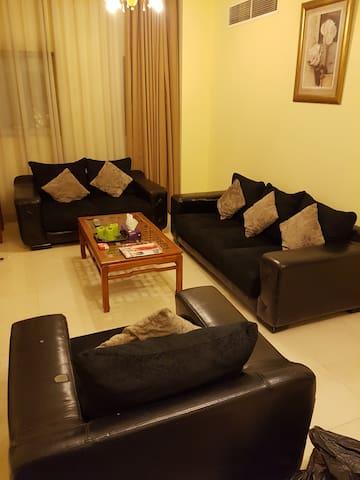 Clean and spacious rooms - Ajman - Departamento