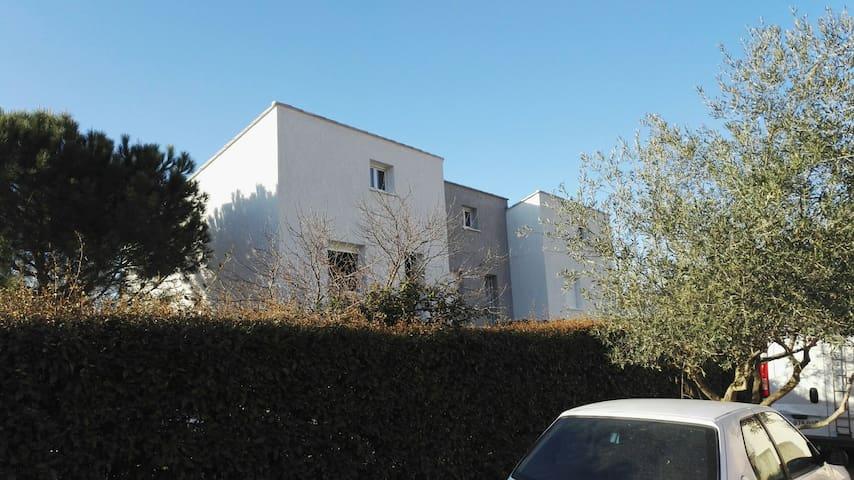 """Le Tambourin"" F3 résidence neuve terrasse,jardin - Cazouls-d'Hérault - Appartement"