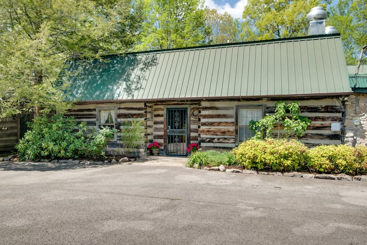 Country Inn Steeped in History/Hachland-Poplar #2 - Nashville - Bed & Breakfast