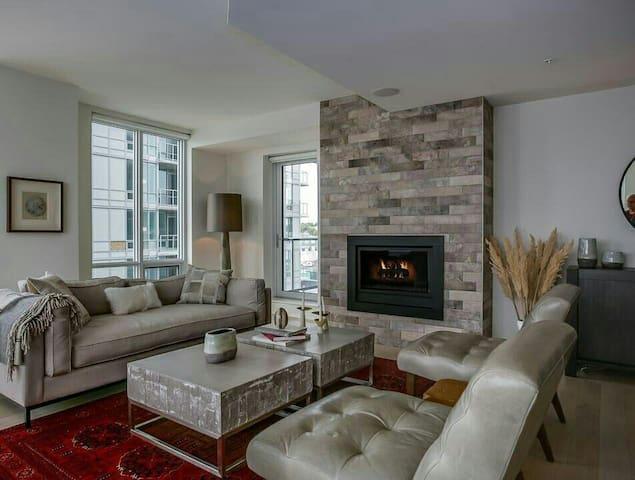 Large & Luxurious Ocean View Condo - Dartmouth - Квартира