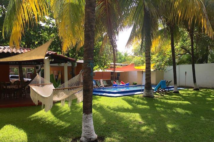 Casa de Playa amplia y acogedora/Nice beach house - Amatecampo - Dom