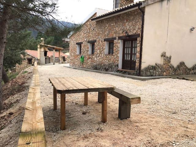 Casa grande en Nacimiento Rio Mundo - Riópar - Rumah