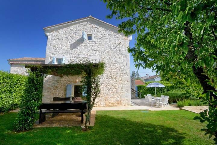 VILA SHERPA   Villa rurale con piscina in Croazia - Sveti Lovreč - Vila