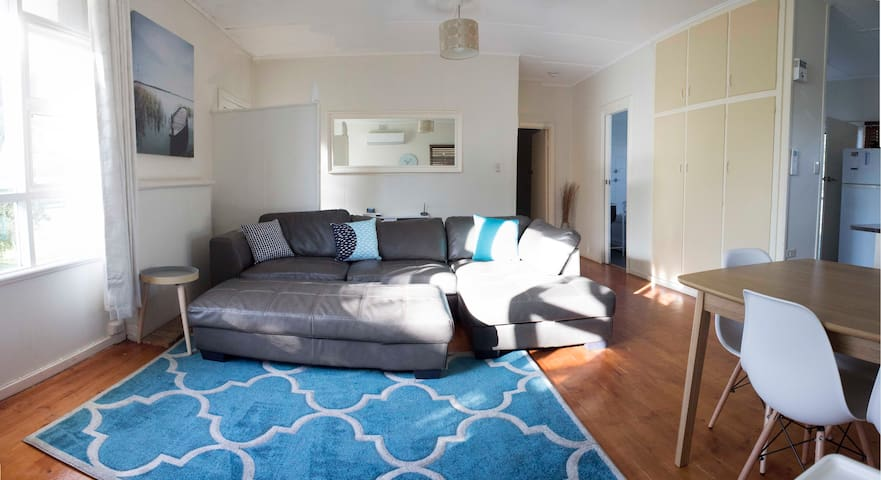 One street from the beach! - Victor Harbor - Haus