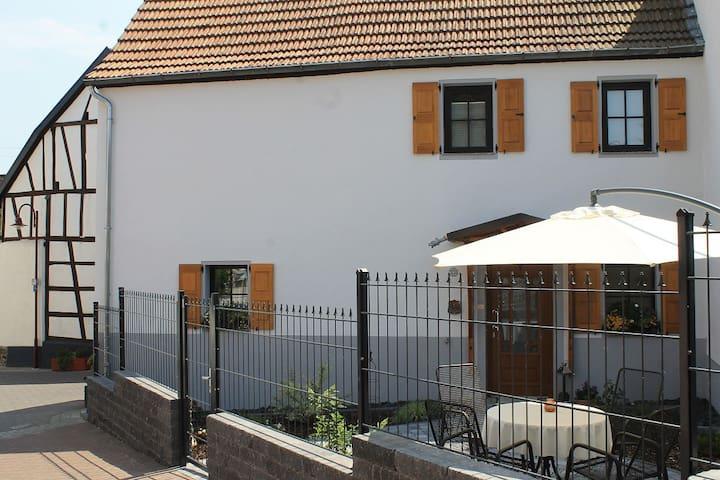 Ferienhaus Festung zu Ketghe - nahe Koblenz - Kettig - Hus