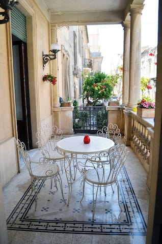 A beautiful apartment Noto center - Noto - Apartemen