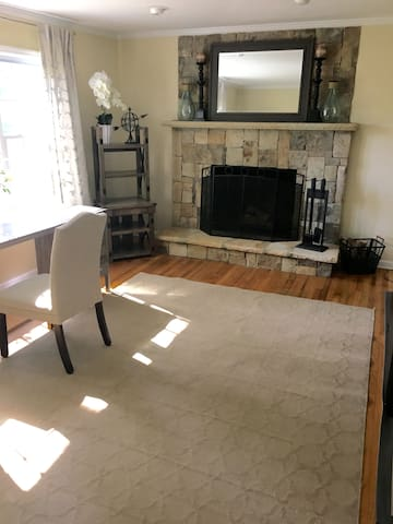 Family/Baby Friendly 4 Bedroom Home - Roswell - Casa