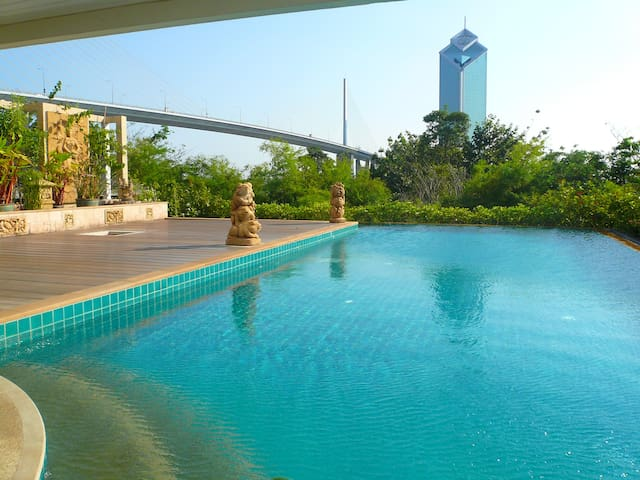 "Nice 2BR Apt, Riverside and close to ""Asiatique"" - Bangkok - Wohnung"