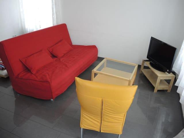 Wohnapartment mit Schlafzimmer /Gartenblick-No.3 - Schwäbisch Hall - Appartement