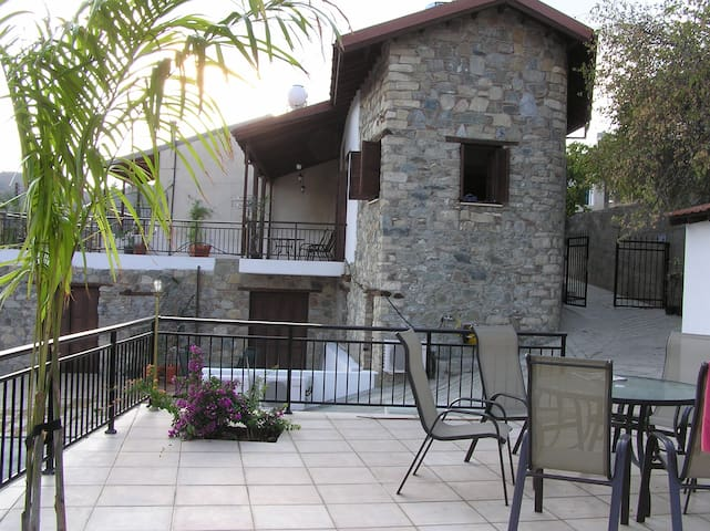 Cyprus Village House & Pool - Kalo Chorio