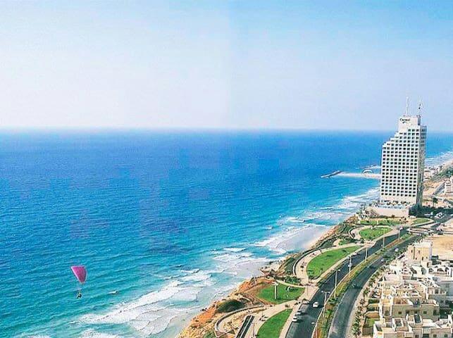 Beautiful Apartment with Sea View - Netanya - Huoneisto