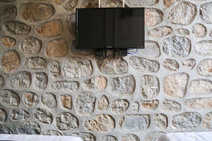 慕田峪长城望山园石头墙家庭房 - Pekin - Ev
