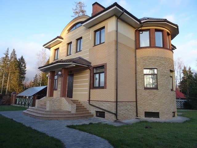 Сдаем Дом + Баня по посуточно - Аметист Киз - Huis