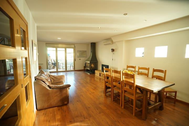 Guest rooms Sant Llorenç de Montgai - Sant Llorenç de Montgai - 一軒家