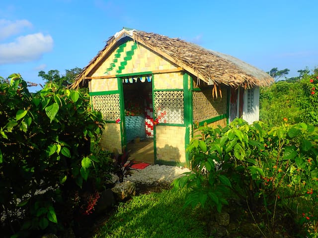 Bungalow: Best location in Tanna - Tanna Magic - Hut