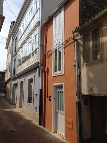 Casa Independiente en el Centro de Ortigueira - Ortigueira - Haus