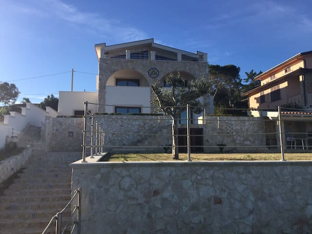Blu apartment in villa by the sea - Augusta - Wohnung