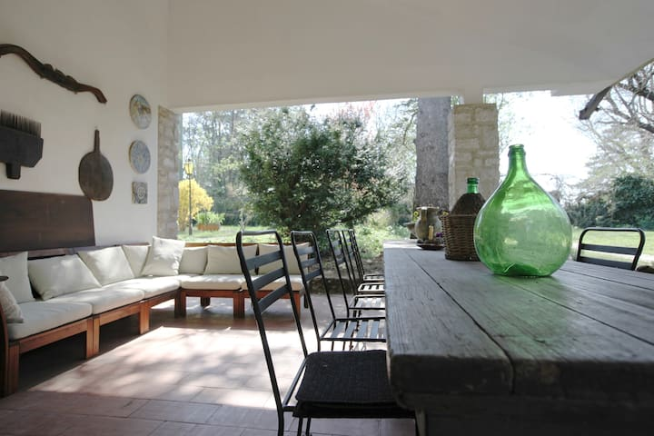 COZY HOUSE IN KARST WITH GARDEN AND BARBECUE - Opicina - Villa