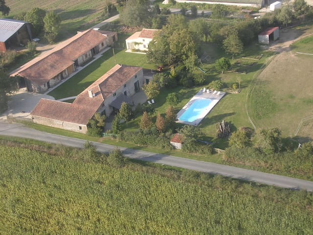 Puy du Fou, Logis La Galocherie 2 - Sainte-Florence - Bed & Breakfast