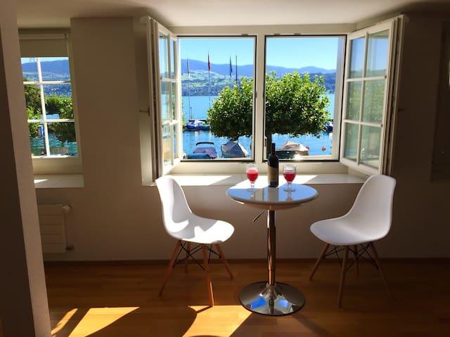Lovely lakeview flat, near Zurich - Stäfa - Osakehuoneisto