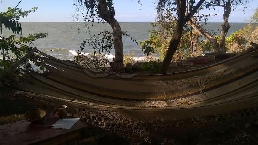 Private house with lake view - Balgüe - Talo