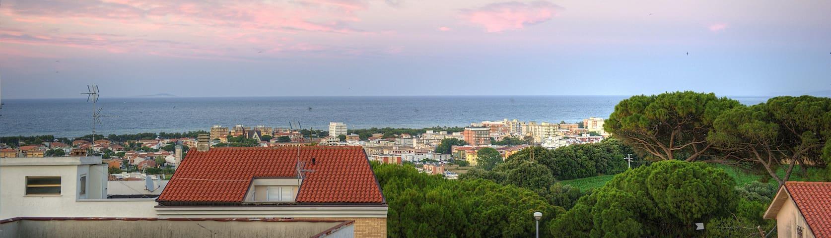 Attico completamente nuovo con vista mare - Campomarino - Appartement