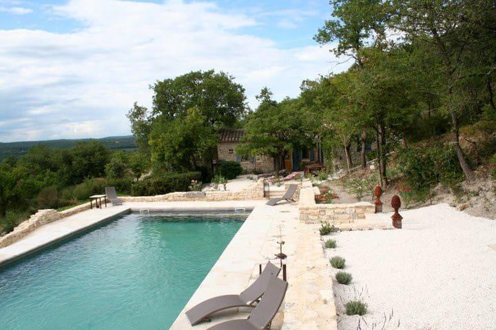 Petite maison en pierres en Provence - Chantemerle-lès-Grignan - Hus