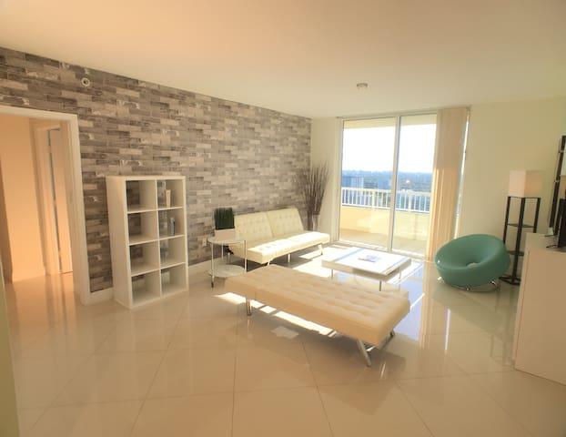Fantastic 2/2 Brickell, #2309 - Майами - Квартира
