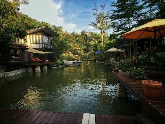 Ratu Rening Residency - MY - Villa