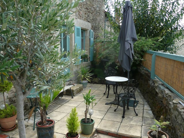 Selfcatering room & double bedroom(or rent as unit - Vouvant - Άλλο
