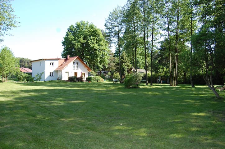 Wandlitz: Haus im Grünen mit Seeblick - Wandlitz - Hus