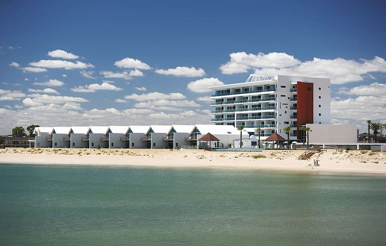 Deluxe Apartment on Beachfront - Mandurah - Pis