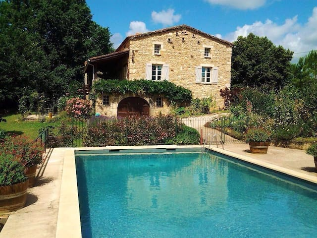 1 BR. Heated pool. Near the Lot. - Puy-l'Évêque - Leilighet