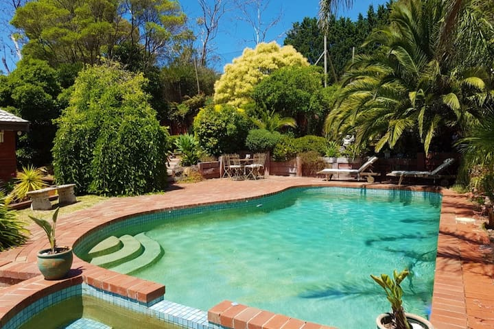 Private Retreat with Pool & Tennis Court - Mount Eliza - Casa