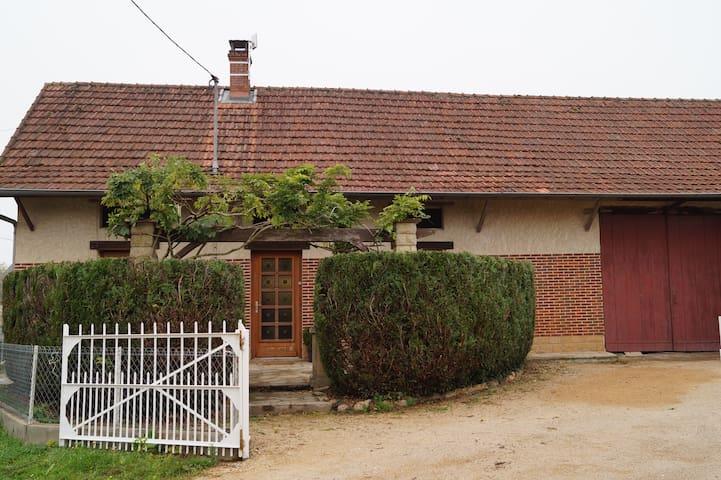 Maison   de type bressane - Ratenelle - Ev