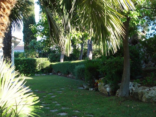 Un'oasi di tranquillità in un villaggio turistico - Rosa Marina