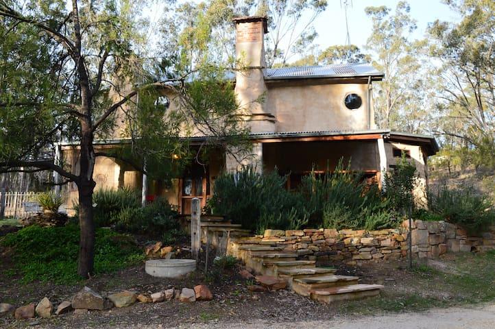 Granny Thomas Cottage - Campbells Creek - Rumah
