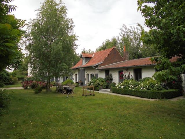 Un gîte à la campagne - Verlinghem - Casa