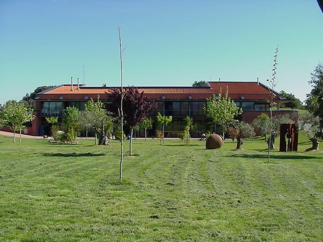 Escola de Ceràmica de la Bisbal - Province of Girona