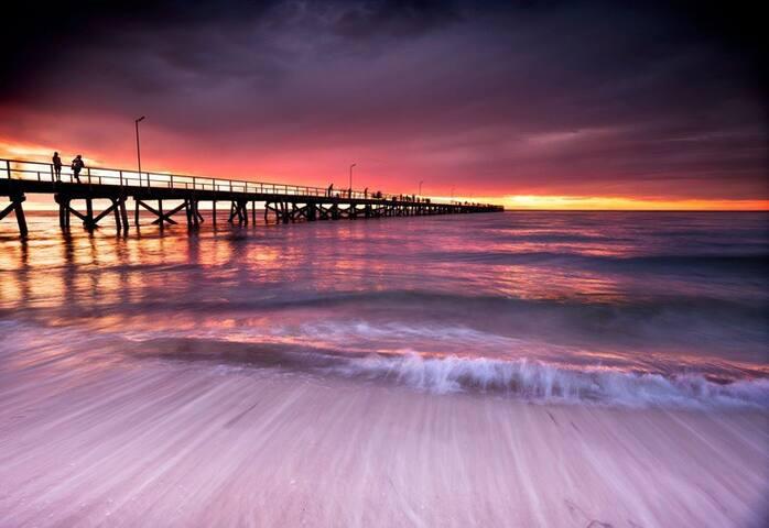 Cosy Unit - Vibrant Beach Living - Semaphore