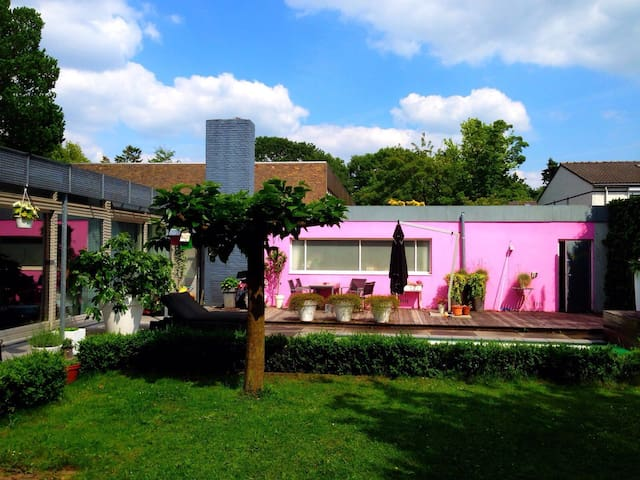 Great bungalow with pool and big private garden - Vught - Talo