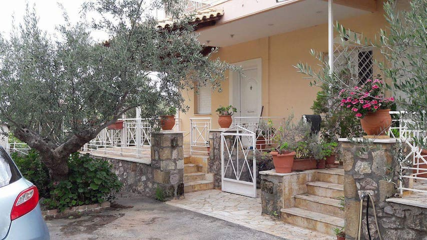 Fully equiped apartment, 5mins from the seaside - Kato Verga - Departamento
