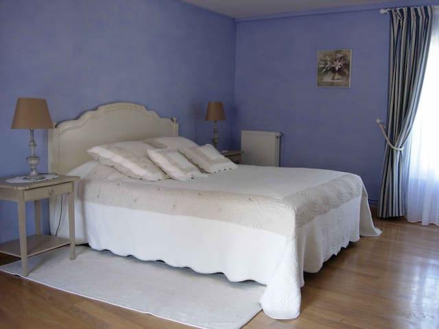 Chambre de charme avec petit déj pour 2p - Nainville-les-Roches - Bed & Breakfast