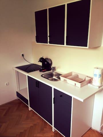 J&B- Perfect place for 2 in beautifoul LJUBLJANA! - Liubliana - Apartamento