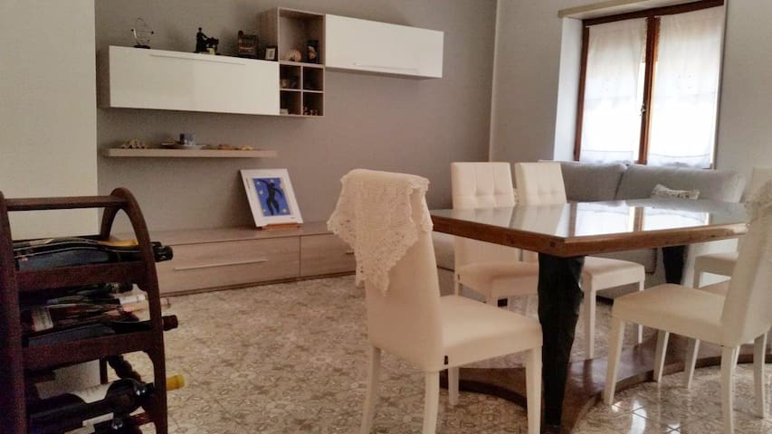 Double/single room in city center - Cassino - Appartement