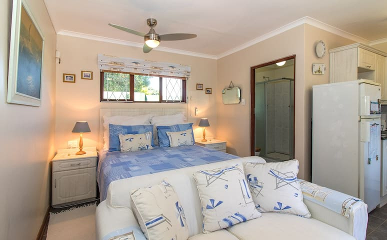 Dunwerkin Bachelor Flat 20 Bathurst Street - Kenton-on-Sea - Apartamento