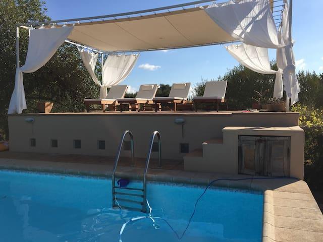 La Tortuga: ruhig gelegene Finca mit grossem Pool - Algaida - Huis